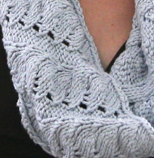 Cotton_cowl_detail_small2