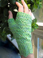 Spring_mitts_2_small