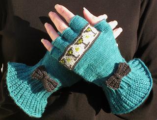 Tidal_gloves_100909_kbc_small2
