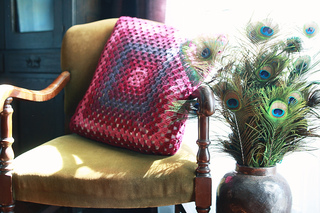 Granny_square_cushion_2_small2