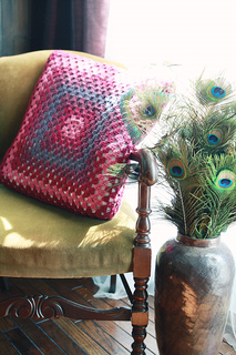 Granny_square_cushion_small2