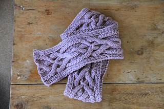 Celtic_cable_scarf_small2
