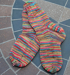 Simple-toddler-socks_small