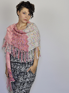 Chevronfringeshawl_fo_10_small2