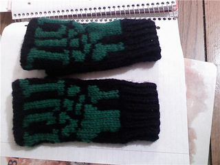 Munecas_gloves_2_small2