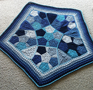 Pentagrnny_baby_blanket_pattern_by_shelley_husband3_small2