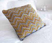 Plain_pillow_small_best_fit