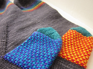 Rainbow_pipes_and_linen_-_heels_-_flat_small2
