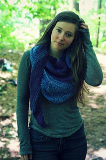 Lines_shawl_blue_small2