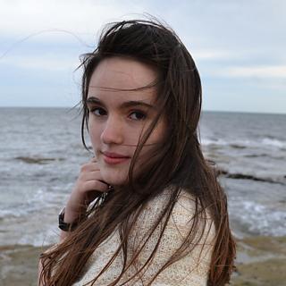 Lara_whitley_bay_small2