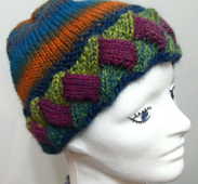 Entrelac_hat_pic_small_best_fit