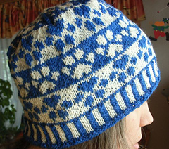 Dog_paw_beanie6_small