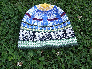 Mowing_the_lawn_beanie_publish7_small2
