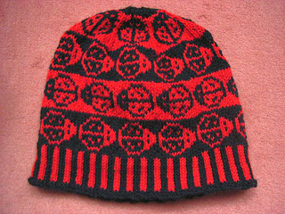 Ladybugbeanie1_small2