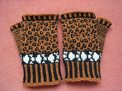 Leopard_mitts1_small