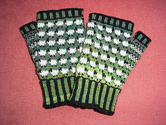 Sheep_mitts1_small