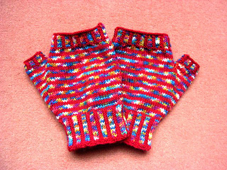 Rainbow_mitts1_small2