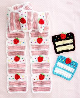 Strawberrycakescarf4-840x1024_small2