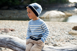 Fin_hat___sweater_small2