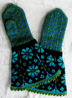 Mitten_gauntlet_latvian_spring_2_small2