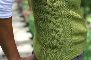 Sexxxy_librarian_knitting_pattern_lilith_ubbelohde_dirty_water_dyeworks_edna5_small2