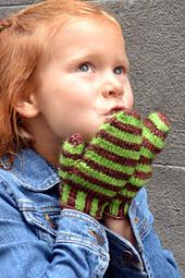 Rue-le-moyne-easy-mitten-pattern_small_best_fit