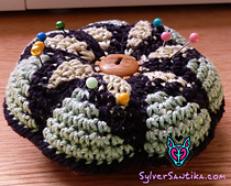 Star_mandala_pin_cushion_hook_candy_crochet_pattern_sylver_santika_small_best_fit