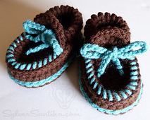 Hook_candy_crochet_patterns_sylver_santika_baby_boy_girl_moccasin_booties_01_small_best_fit