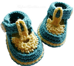 Baby_sandal_booties_hook_candy_crochet_patterns_by_sylver_santika_blue_yellow_newborn_01_small