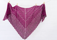 Aprils_shawl_web_04_small_best_fit