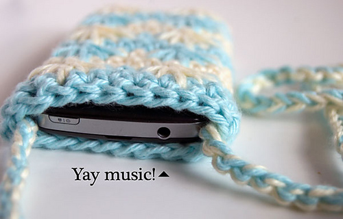 Blue-agave-phone-pouch-top-closeup1_medium