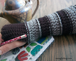 Smaller-all-grown-up-armwarmers_small2