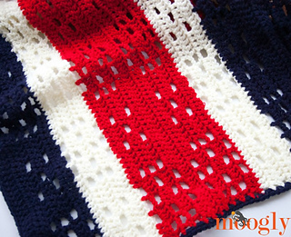 Red_white_and_baby_blanket_fbrav_small2