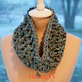Hurry_up_holiday_cowl_rav_small_best_fit