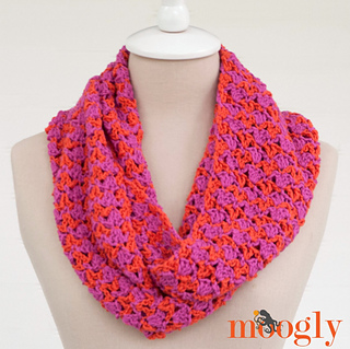 Shannon_infinity_scarf_square_small2
