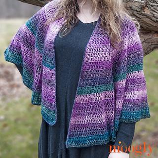 Lotus_blossom_shawl_-_on_1_small2