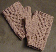 Entwined_mitts__6__small