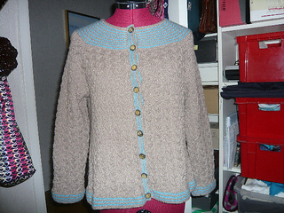 Jacket_with_all-over_cables_1_small2