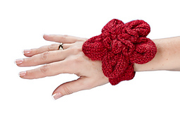 Floral_wrist_corsage_small_best_fit