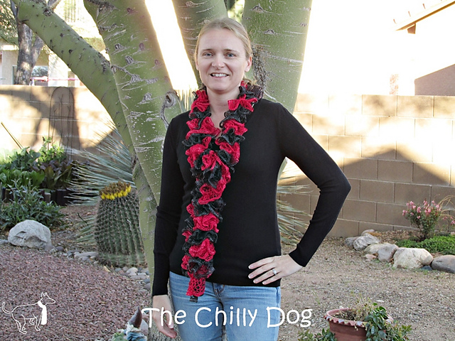 Ravelry Ruffled Team Spirit Scarf Pattern By The Chilly Dog