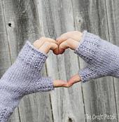 Lavendar_fingerless_gloves_small_best_fit