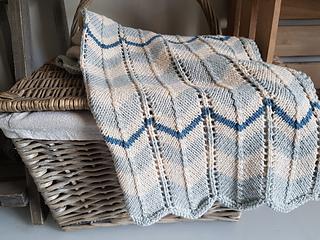64acc6e5c80c Ravelry  Chevron Stripe Pram Blanket pattern by The Little Songbird