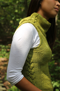 Sexxxy-librarian-knitting-pattern-lilith-ubbelohde-dirty-water-dyeworks-edna7_small2