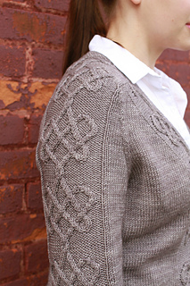 Heart_grey_sleeve_2_small2