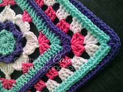 Flower_granny_square_free_crochet_pattern_by_the_purple_poncho_small