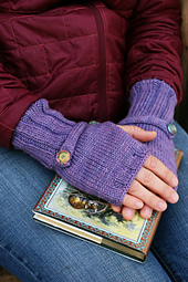 Buttonstrapmitts2_small_best_fit