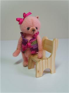 Dressed_bear_6_small2