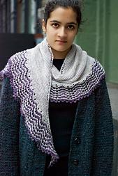 Lorna_s_shawl_fin4_small_best_fit