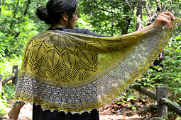 Mystery_shawl_wrapped_4_small_best_fit
