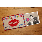 Kiss_card_with_card_1_small_best_fit